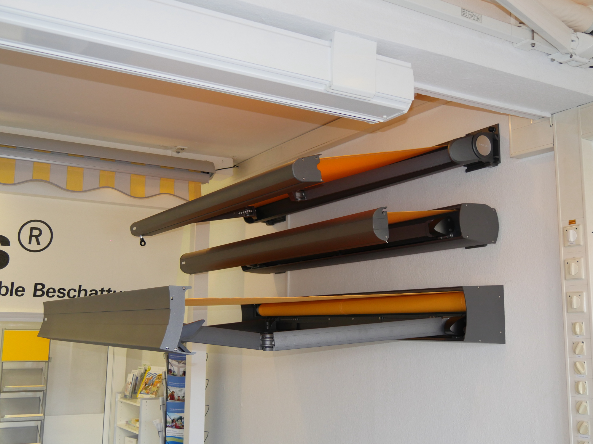 neuer stoff fr markise stunning pergola markise pm light erhardt markisen with neuer stoff fr. Black Bedroom Furniture Sets. Home Design Ideas